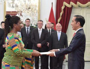 Presiden Jokowi Terima Surat Kepercayaan 13 Duta Besar Negara Sahabat