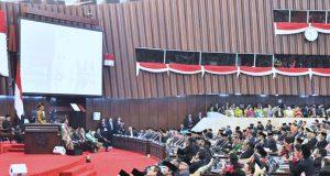 Presiden Jokowi Tegaskan Rencana Pemindahan Ibu Kota di Hadapan Anggota Dewan