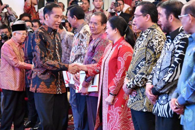 Presiden Jokowi Serahkan DIPA dan TKDD Tahun 2020