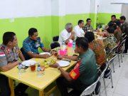 Presiden Jokowi Nikmati Malam di Tarakan Sambil Makan Seafood dan Sambal Buatan Gubernur Kaltara