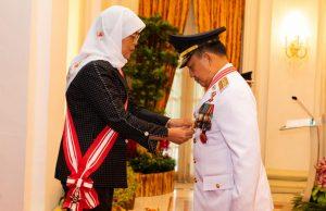 Mendagri Terima Penghargaan Darjah Utama Bakti Cemerlang dari Presiden Singapura