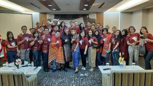 DUKUNG PROGRAM WONDERFUL INDONESIA, OHM AJAK TAMU BERWISATA GRATIS KE DANAU TOBA