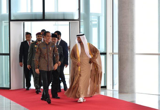 Presiden Jokowi Tiba di Abu Dhabi