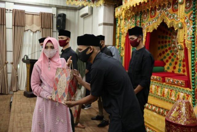 Dyah Ajak Pemuda Beurawe Bantu Pemerintah Kampanye Gerakan Melawan Covid-19 halo indonesia