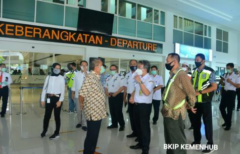 Jelang Idul Fitri dan Antisipasi Arus Balik, Kemenhub Intensifkan Koordinasi Dengan Stakholder Penerbangan di Bandara Adi Sumarmo Solo halo indonesia