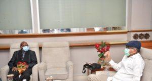 Plt Gubernur Sambut Kedatangan Rombongan Komisi Aparatur Sipil Negara di Bandara SIM
