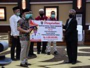 Pemprov Kalteng Salurkan Bansos dan Fasilitas Pendidikan Kepada Mahasiswa dan SMA/SMK se-Kalteng