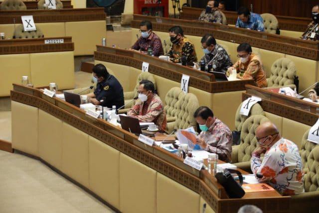 Pilkada Tetap Dilaksanakan dengan Penegakkan Disiplin Protokol Kesehatan dan Sanksi hukum