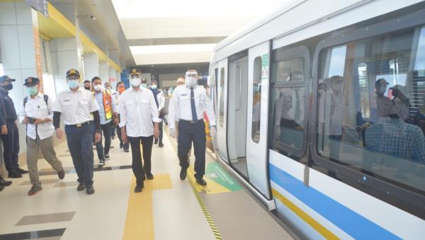 Menhub Meninjau Efektivitas dan Konektivitas Transportasi Antar Moda Kota Palembang