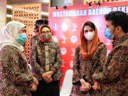 Gubernur Jatim Minta Dekranasda Lakukan Literasi Digital Secara Masif Untuk Transformasi Digital Bagi UMKM
