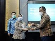 Berhasil Terapkan Sistem Merit, Pemprov Jatim Terima Penghargaan dari KASN