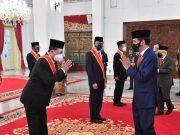 Menhub Budi Karya Terima Penghargaan Bintang Mahaputera Adipradana Dari Presiden Joko Widodo