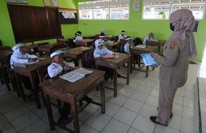 Tingkatkan Kompetensi dan Jumlah Guru untuk Ciptakan SDM Unggul