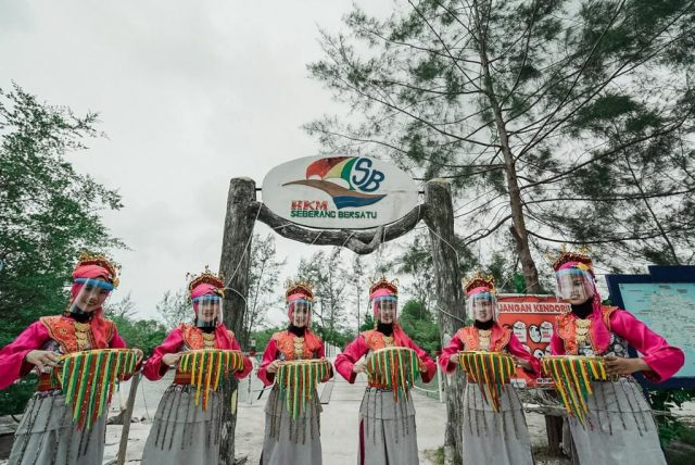 Menparekraf Bahas Strategi Pengembangan Destinasi Wisata di Belitung