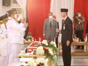 Lantik Bupati/Wali Kota, Ganjar Ingatkan Pesan Soekarno: Kekuasaan Hanya Milik Rakyat