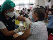 3000 Lansia di Manado Terima Vaksin COVID-19, Menkes Ingatkan Pentingnya Protokol Kesehatan