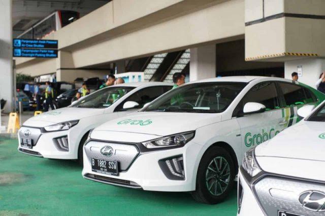 Mau Coba Naik Tesla? Di Bandara Soekarno-Hatta Aja!