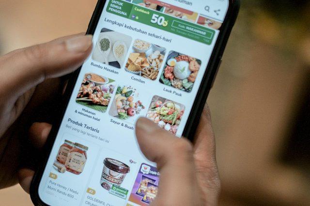 Menparekraf Tekankan Pentingnya Digitalisasi bagi Pelaku Kuliner