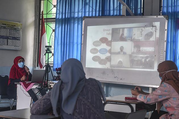 SKB 4 Menteri, Pemerintah Dorong Akselerasi Pembelajaran Tatap Muka Terbatas
