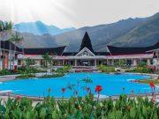 Panorama Gunung Dan Danau Ala Suni Garden Lake Hotel & Resorts