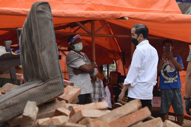 Presiden Tinjau Lokasi Terdampak Gempa di Kabupaten Malang