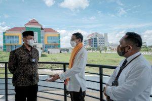 Menparekraf Tinjau Progress Pembangunan Edu Hotel Poltekpar Lombok