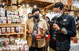 Menparekraf Ajak Masyarakat Belanja Produk Lokal untuk Lebaran di Bazaar #GakMudikDibikinAsik