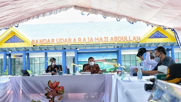 Kemenhub Kembangkan Bandara dan Pelabuhan di Tanjung Balai Karimun