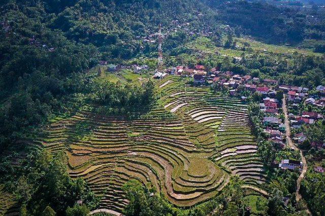 Menparekraf Dorong Pengembangan Desa Wisata Berbasis Ekoturisme di Sinjai Sulsel