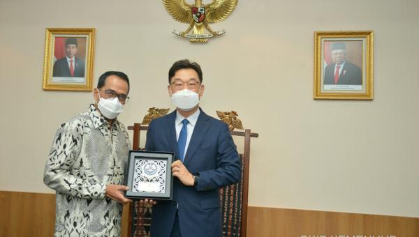 Pertemuan Bilateral Indonesia dan Korea Selatan, Menhub Bahas Peluang Kerja Sama Pembangunan LRT di Bali dan MRT Fase 4 Jakarta