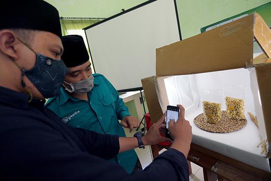 Miliki Potensi Besar, Indonesia Diharapkan Mampu Kuasai Pasar Halal Dunia