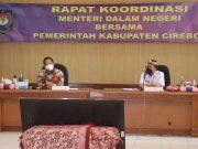 Sambangi Kabupaten Cirebon, Mendagri Minta Realisasi Insentif Nakes Ditingkatkan