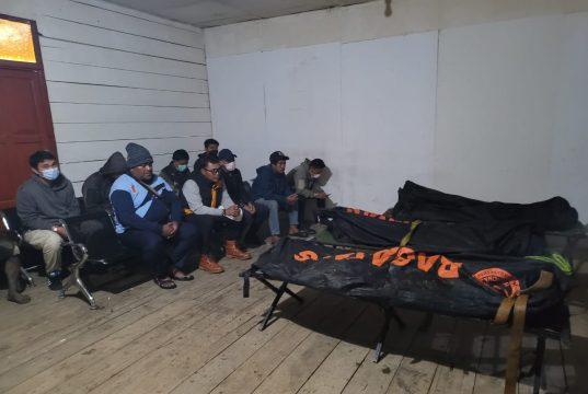 Kotak Hitam Ditemukan, Jenazah Kru Pesawat Rimbun AIR Tiba Di Timika