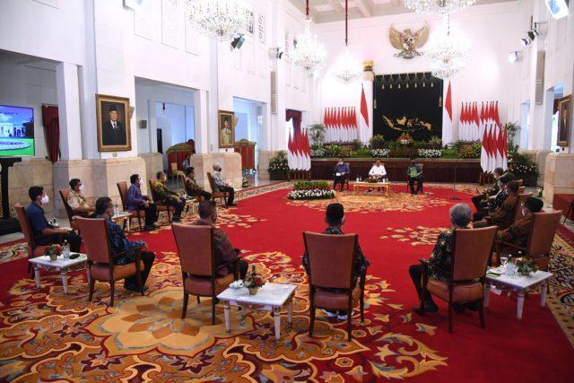 Presiden Jokowi Menerima Perhimpunan Insan Perunggasan dan Peternak Ayam Petelur