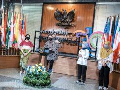 Bantu Pemasaran UMKM Batik, Menparekraf Dukung Gelaran Busana Gantari di Candi Prambanan